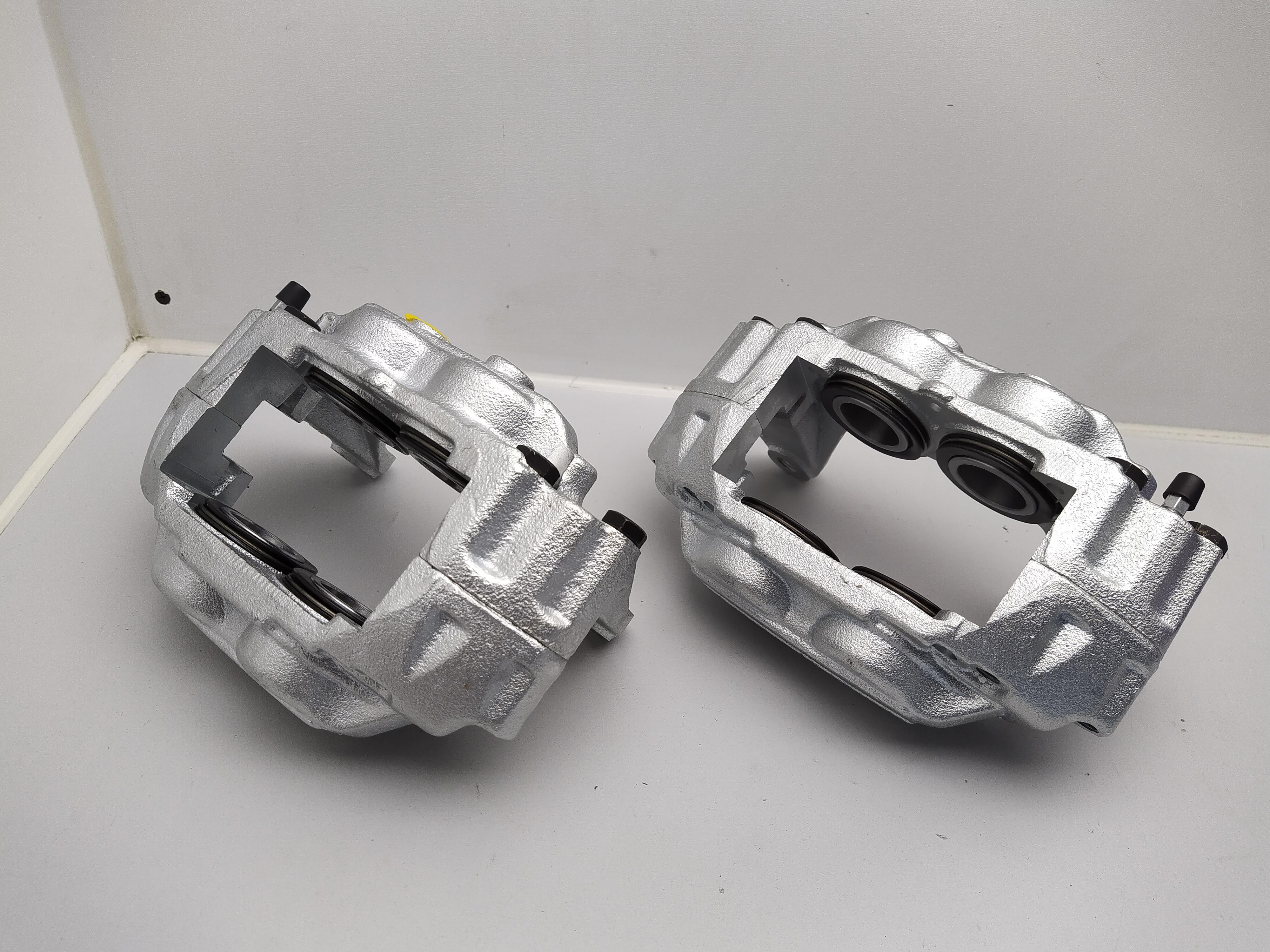 4 Kolben Festsattel Bremsanlage Subaru Impreza GT WRX STI ohne Pfand
