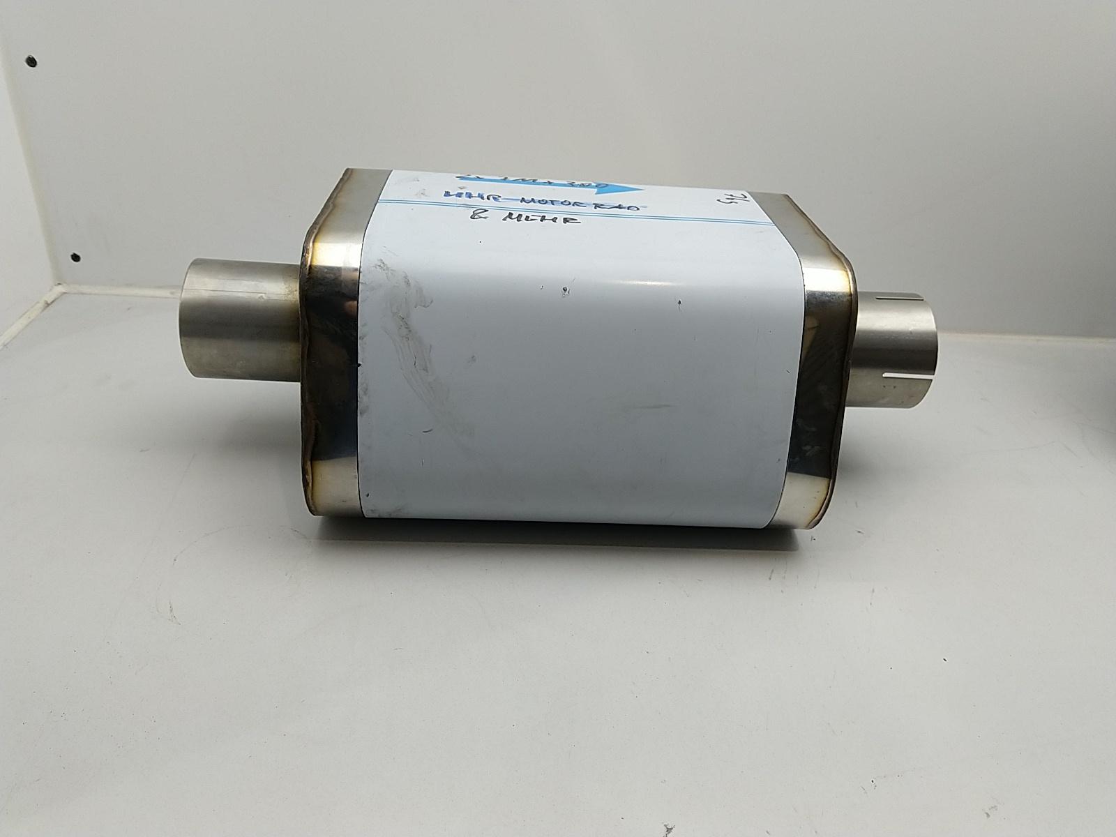 Uni-Schalldämpfer Trapezoid mit Stutzen 76mm 3 Zoll